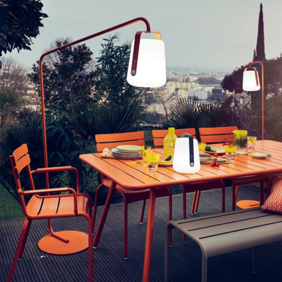 fermob-balad-akku-led-leuchte-luxembourg-serie-ambiente