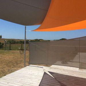 voile_ombrage_sur_mesure_gris_orange