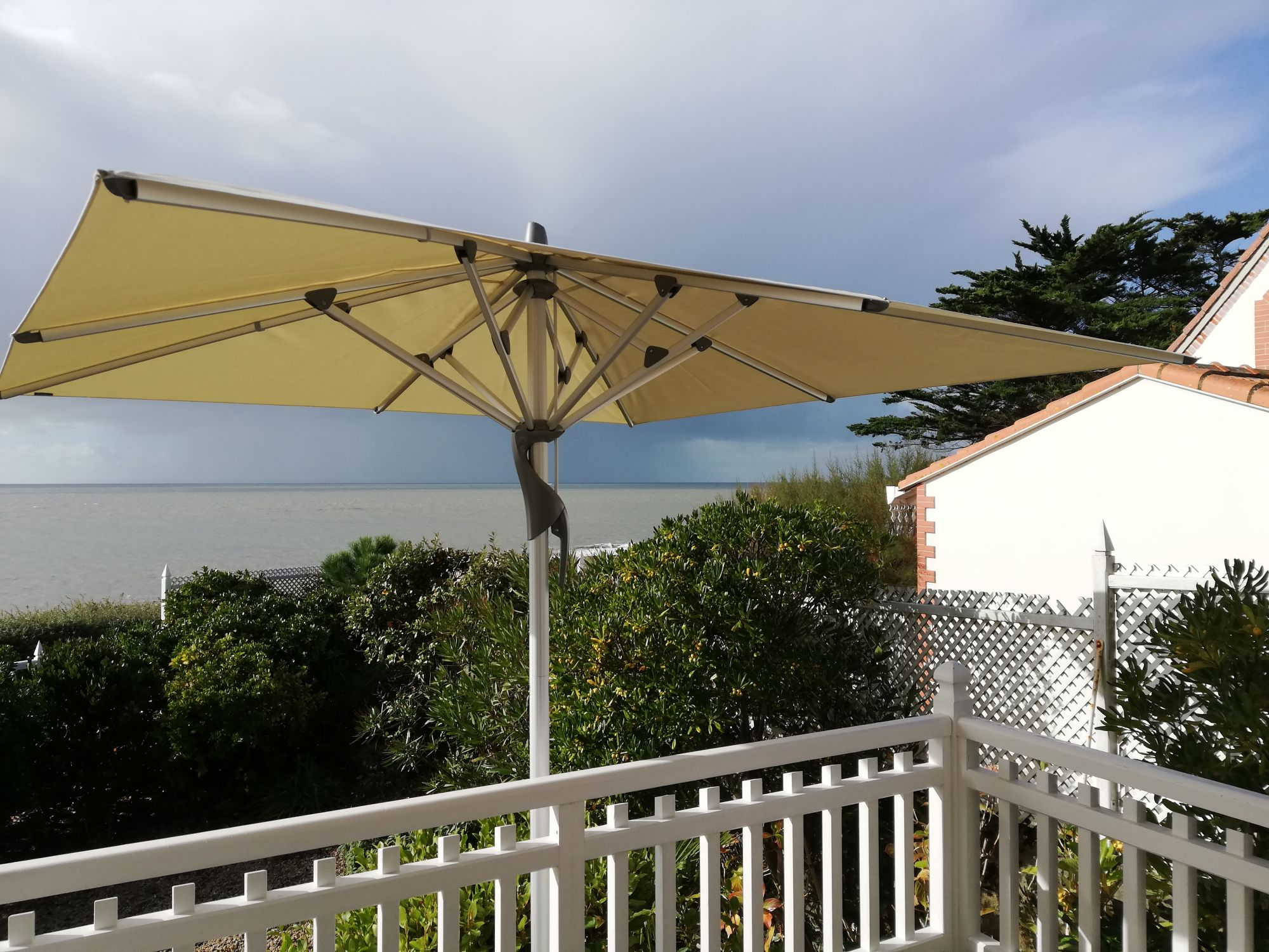parasol vue mer